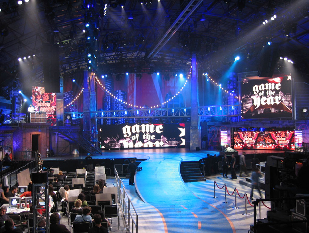 Impact Video's Barco LED screens light up the set for Spike TV's 2nd annual v...